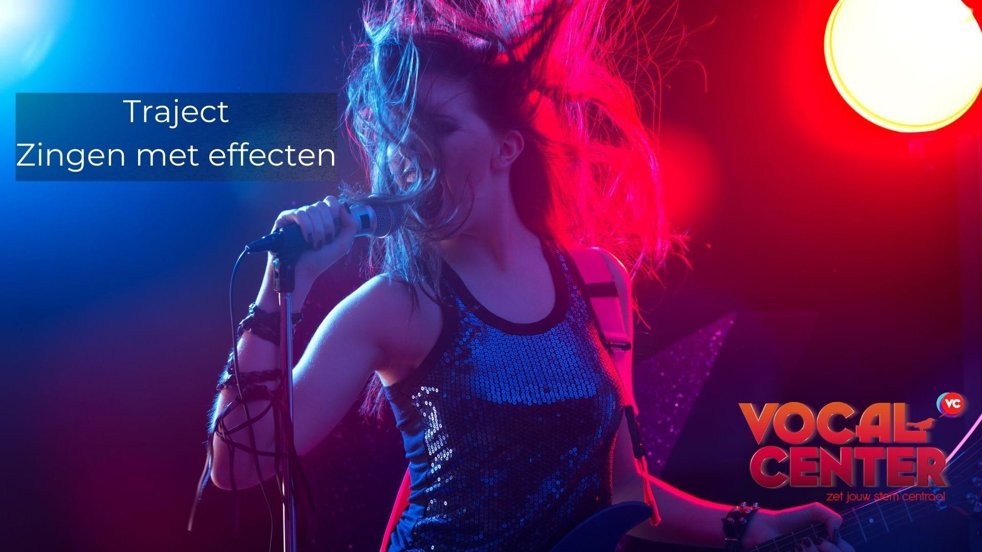 Zingen meyt distortion of een ander effect kan hier bij een individuele zangles